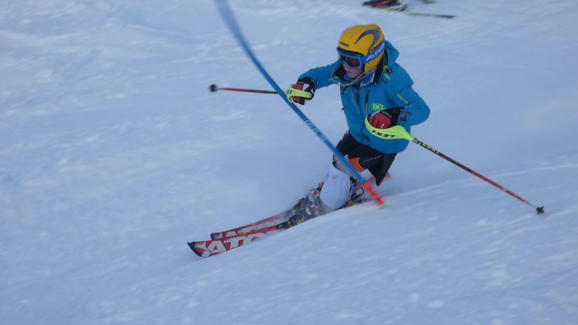 VSV Kinder Ski Bezirketraining in Zürs